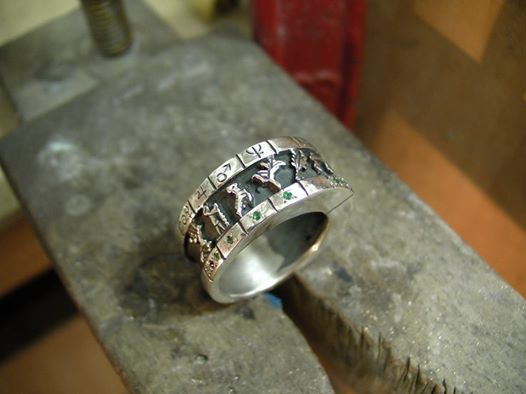 Psychic, spiritual magical ring for pastors miracles,preaching